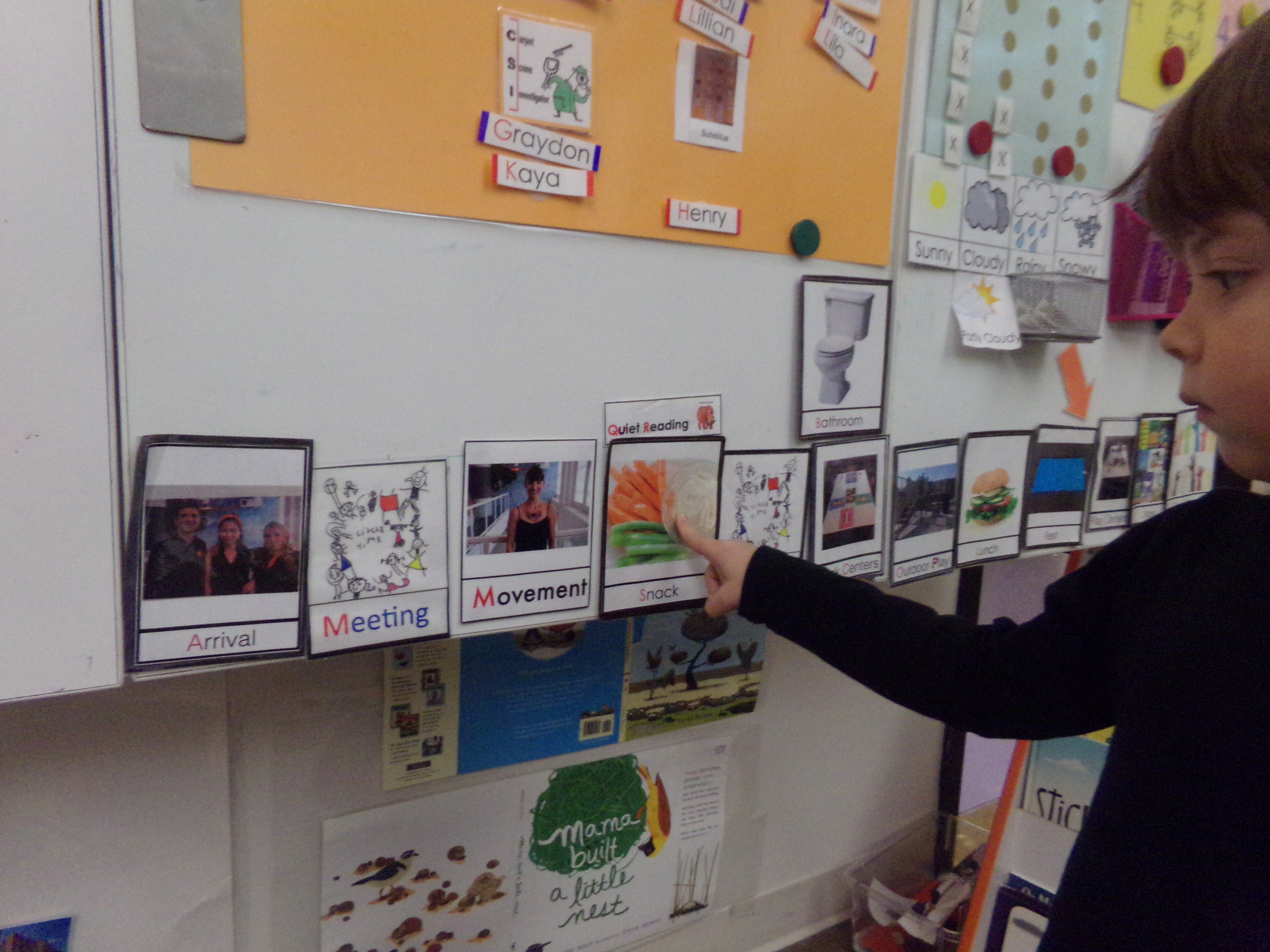 A visual schedule is displayed at children's level in every ELC classroom
